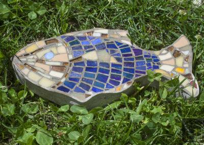 2016_06_14_EllErikujuline aiakivi, klaasmosiik ja betoon